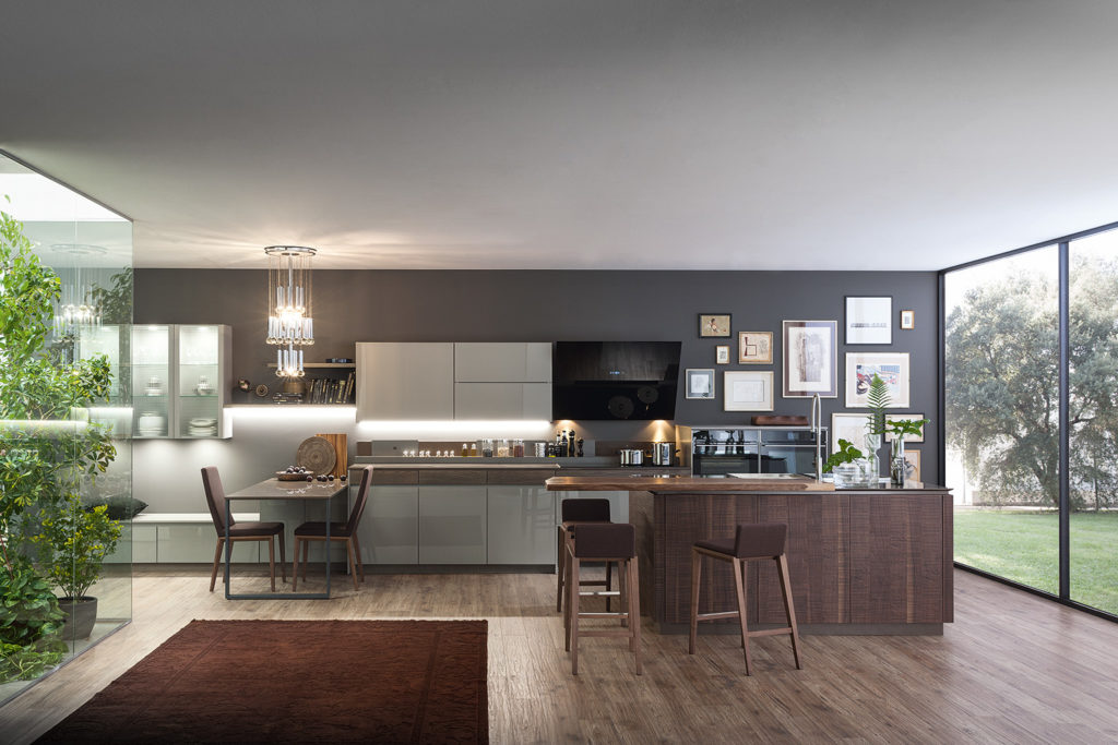 Кухня с деревянными вставками Wood